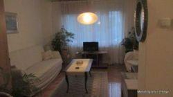 Maksimir -Jordanovac - uređen dvosobni stan u manjoj zgradi