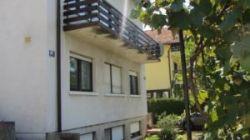 Maksimir- Čret, katnica sa dva stana i lijepom okućnicom